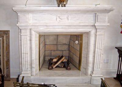 marmor-Moeller-Naturstein-Kaminverkleidung-4
